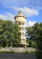 Na fotografii je jedna ze starších vodárenských věží - ve Kbelích