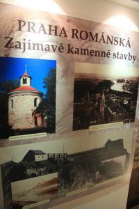 panel Praha románská